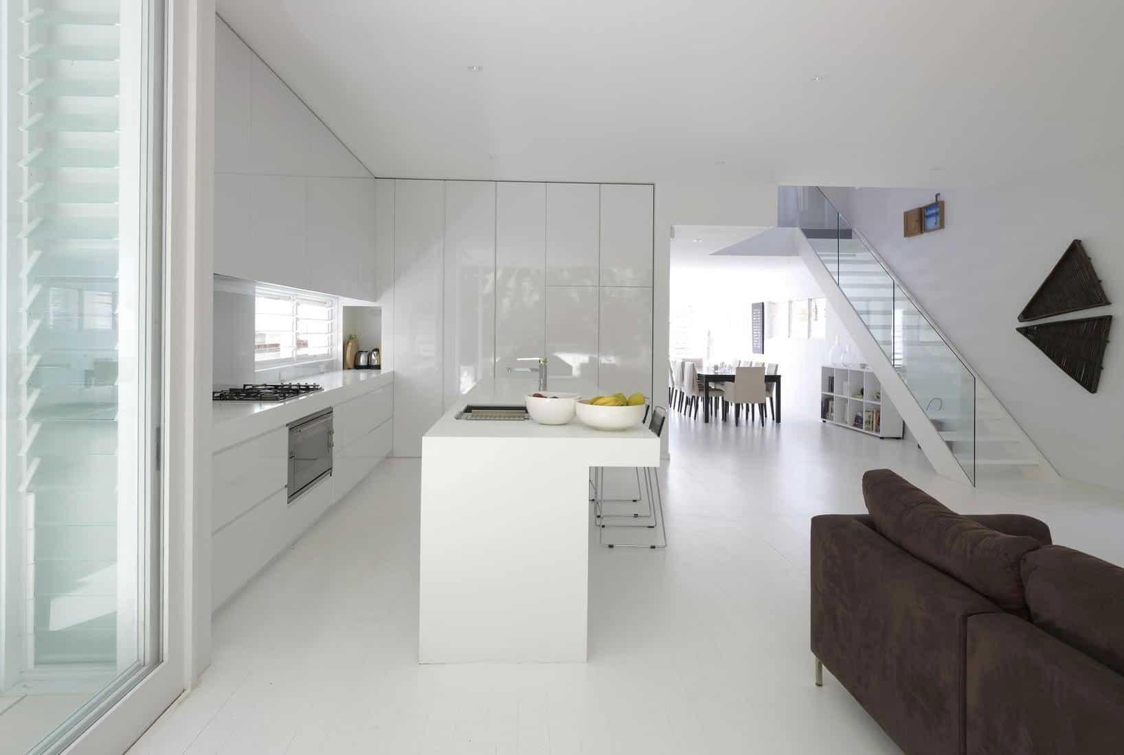 Tamarama by Tony Owen Architects