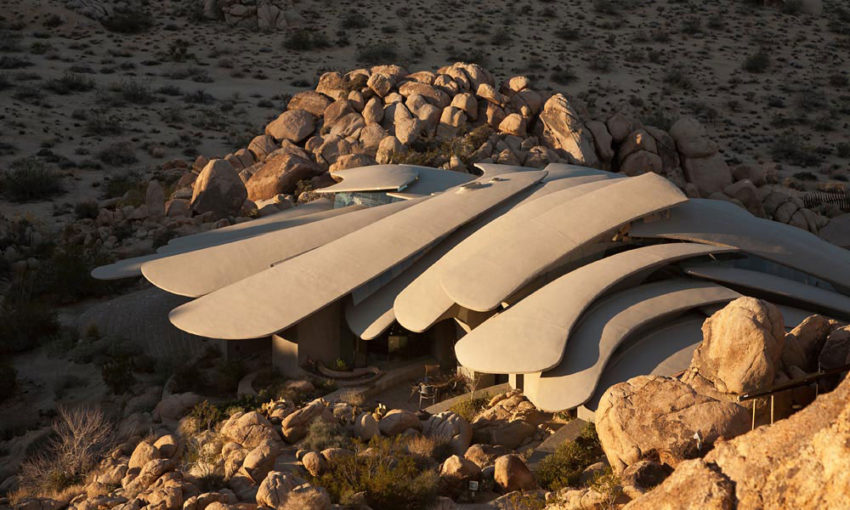 The Desert House (5)