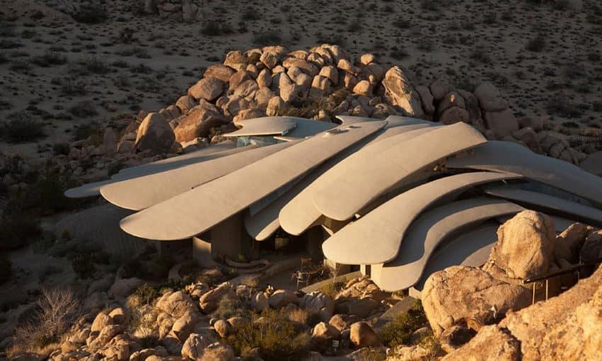 The Desert House (5)