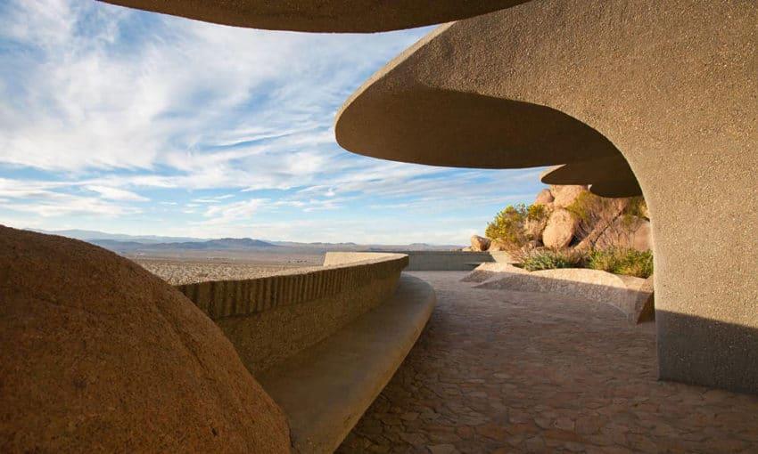 The Desert House (10)
