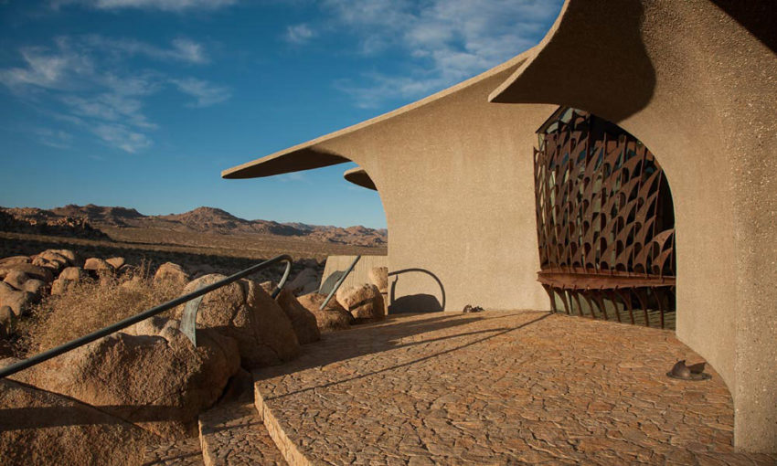 The Desert House (12)