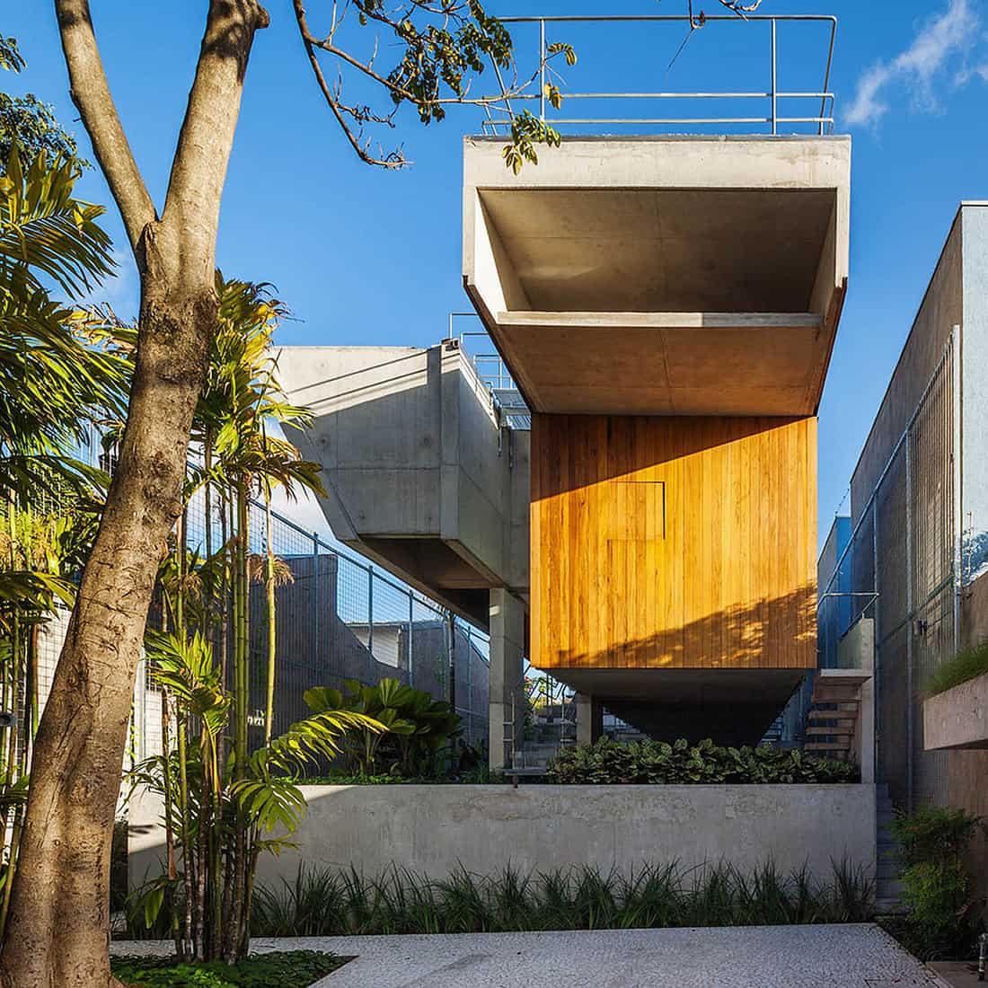Weekend House in Downtown São Paulo by SPBR (36)