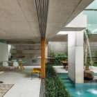 Weekend House in Downtown São Paulo by SPBR (32)