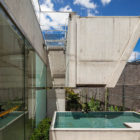 Weekend House in Downtown São Paulo by SPBR (20)