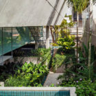 Weekend House in Downtown São Paulo by SPBR (19)