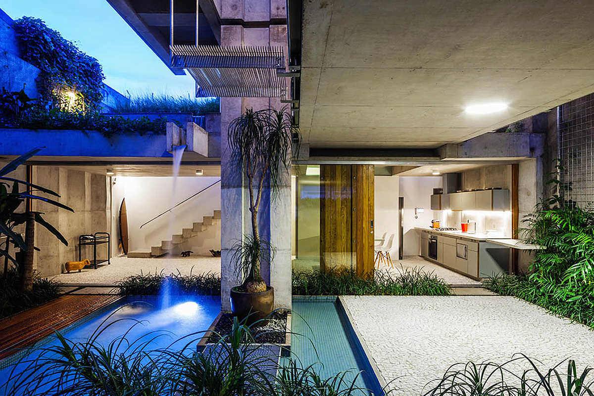 Weekend House in Downtown São Paulo by SPBR