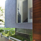 Wooden Concrete House by Nestor Sandbank (10)