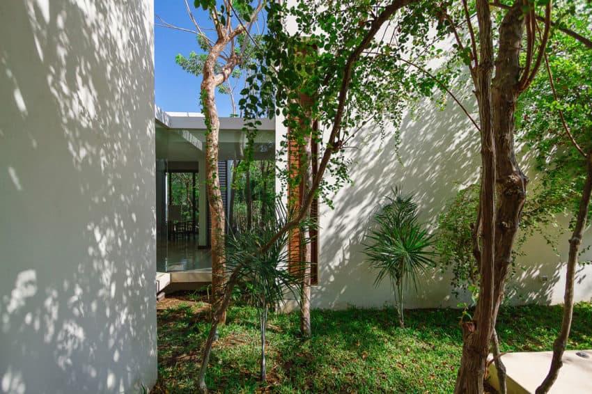 Aldea House by Seijo Peon Arquitectos y Asociados (13)