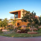 Aloe Ridge House by Metropole Architects (1)