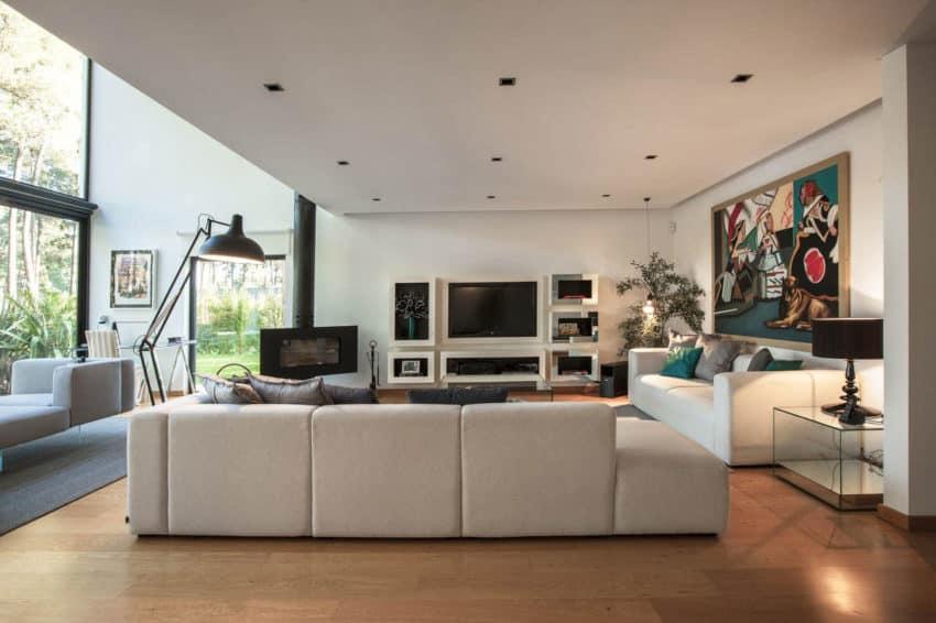 Aroeira House by Lu Barradas (2)