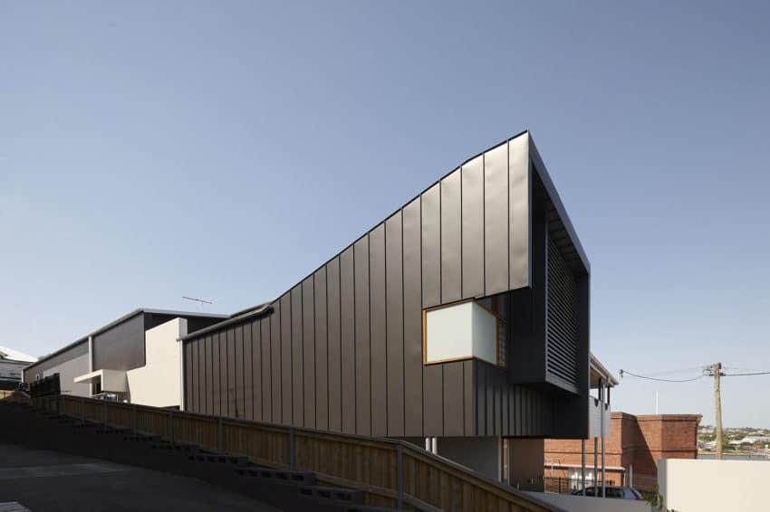 Boardinghouse by Shaun Lockyer Architects (1)