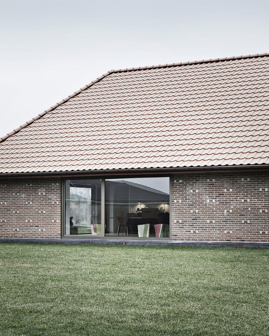 Brick House by LETH & GORI (3)