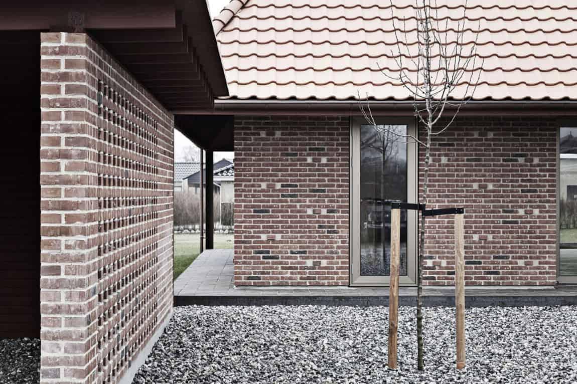 Brick House by LETH & GORI (5)