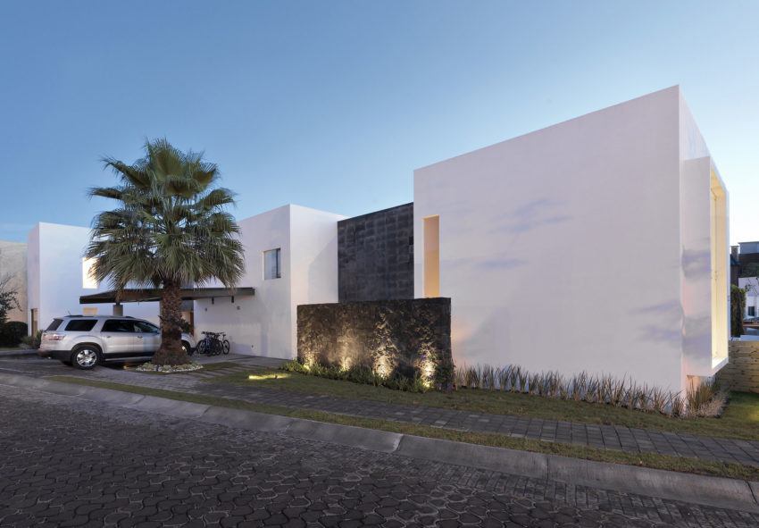 Casa ATT by Dionne Arquitectos (12)