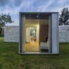 Chameleon House by Petr Hajek Architekti (6)