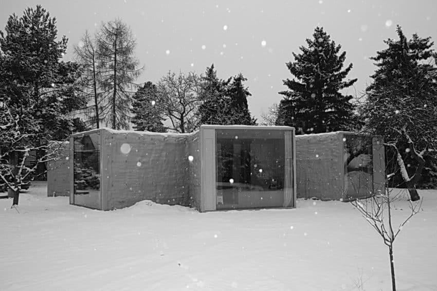 Chameleon House by Petr Hajek Architekti (10)