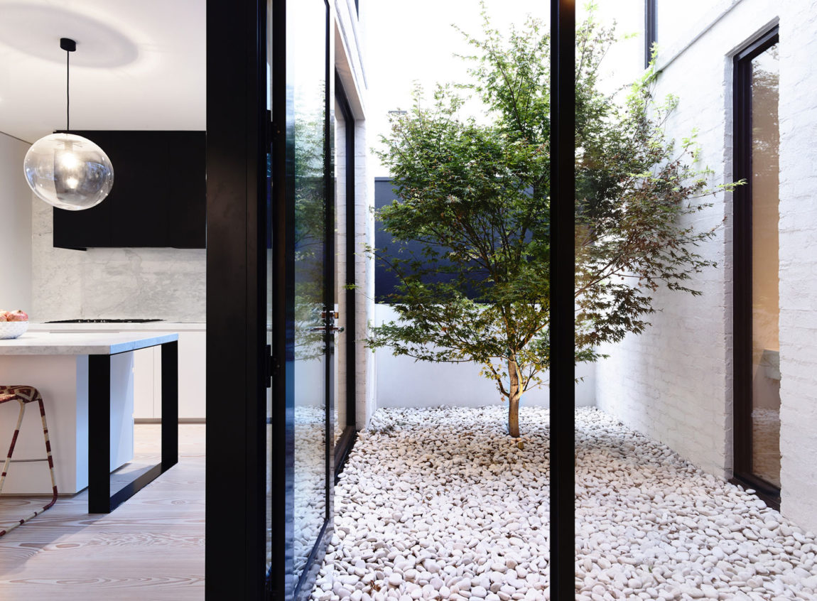 Fairbairn Road by Inglis Architects (14)