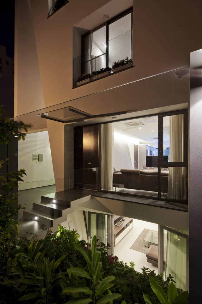 Folding Wall House by NHA DAN ARCHITECT (21)
