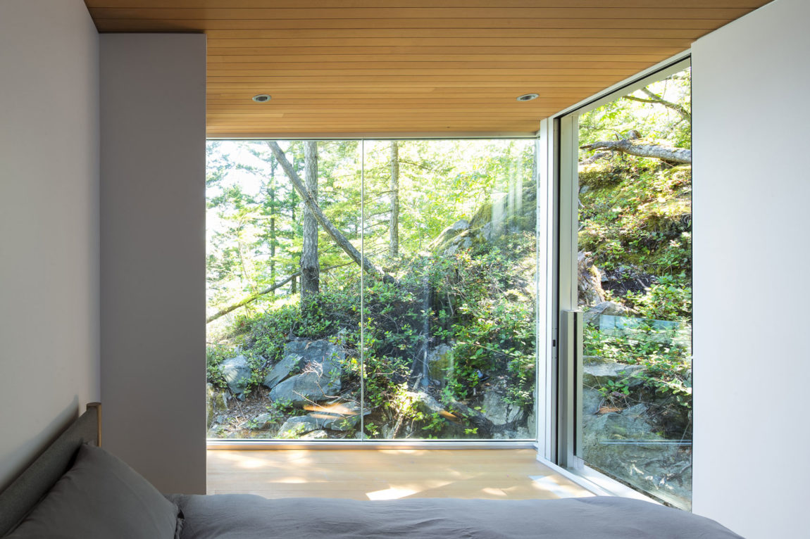 Gambier Island House by Mcfarlane Biggar Architects (8)