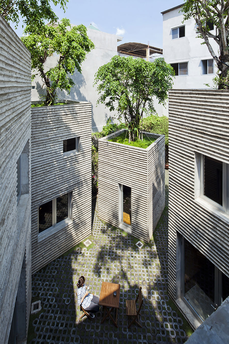 House for Trees by Vo Trong Nghia Architects (4)