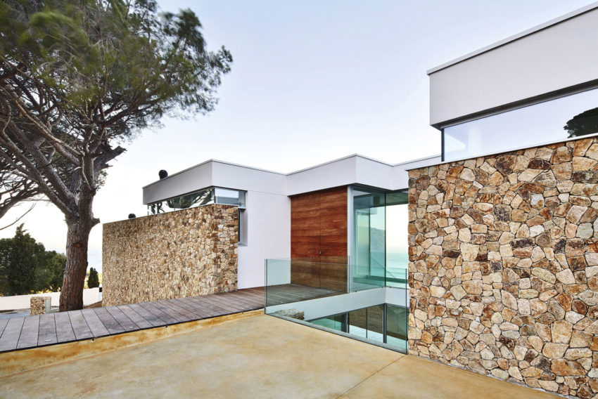 Juncal & Rodney Home by Pepe Gascon Arquitectura (4)