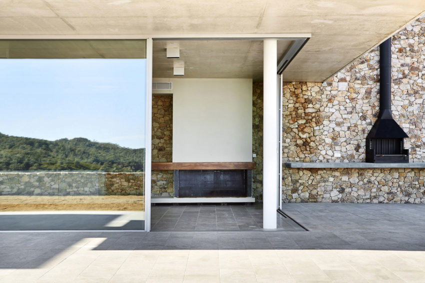Juncal & Rodney Home by Pepe Gascon Arquitectura (10)