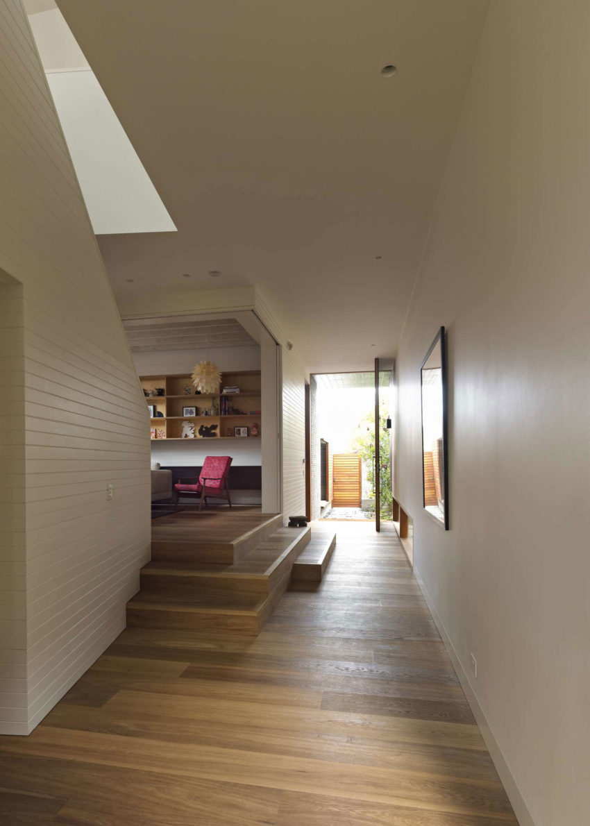 Plywood House II by Andrew Burges Architects (8)