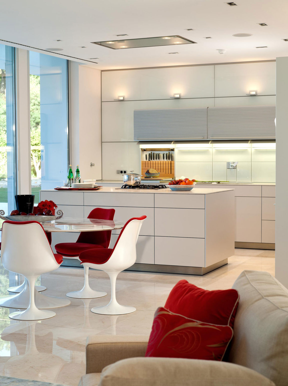 Quinta Villa by Staffan Tollgard Design Group (7)