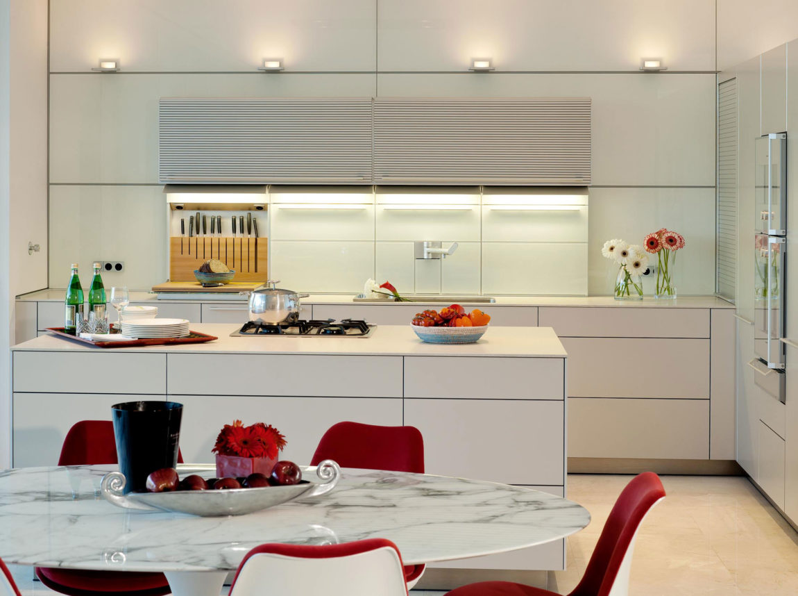 Quinta Villa by Staffan Tollgard Design Group (8)
