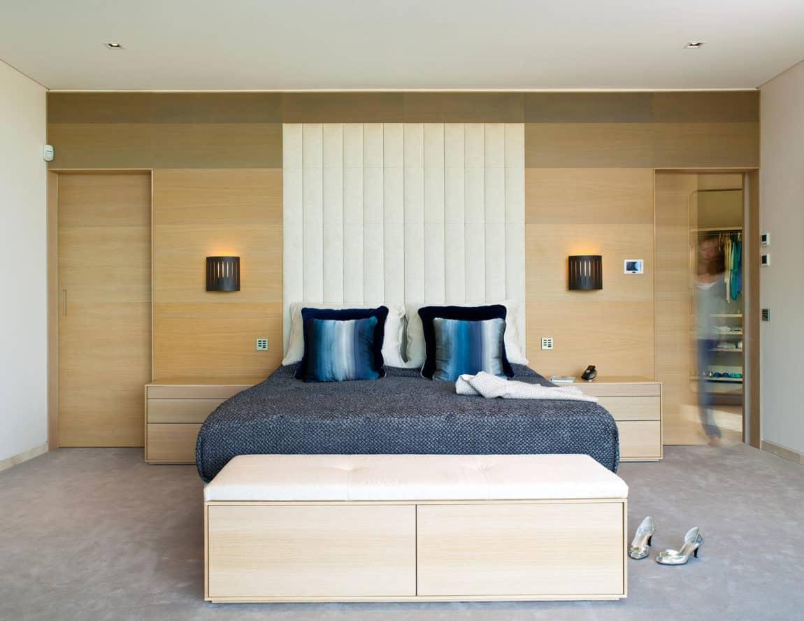 Quinta Villa by Staffan Tollgard Design Group (10)