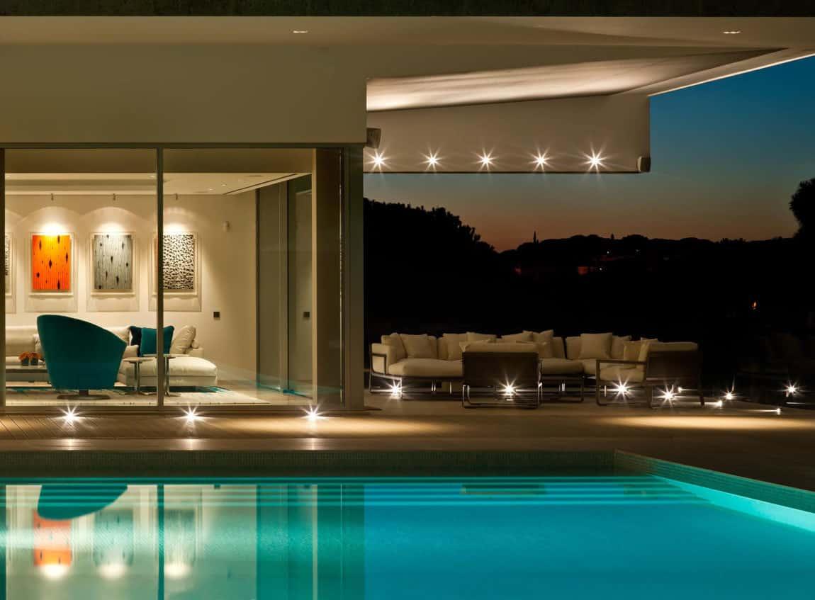 Quinta Villa by Staffan Tollgard Design Group (17)