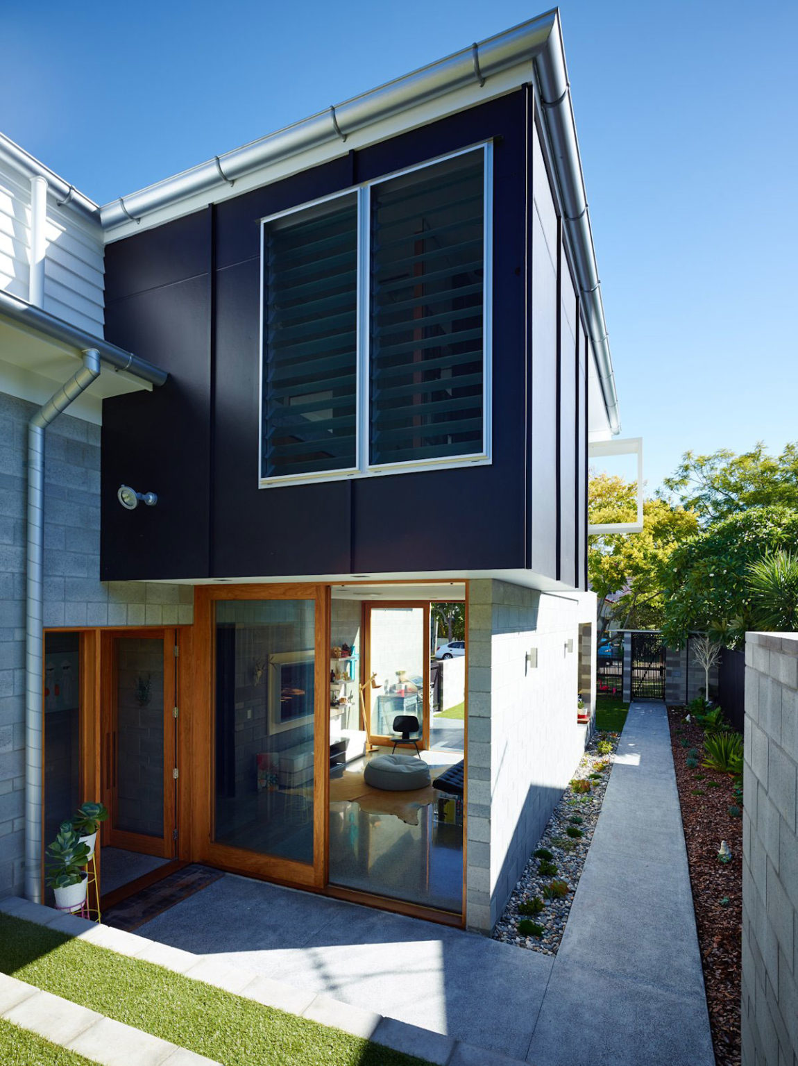 The Terraced House by Shaun Lockyer Architects (8)