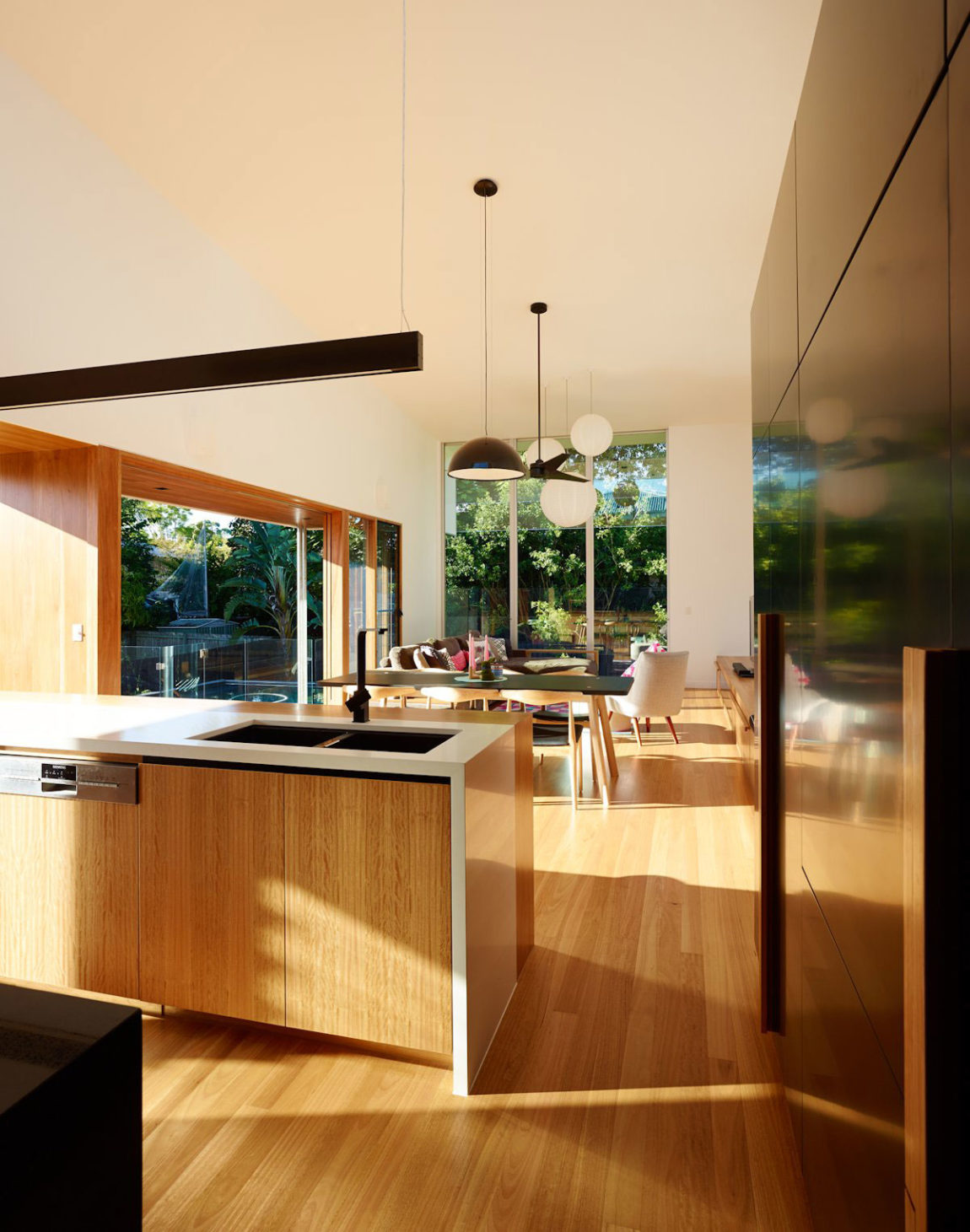 The Terraced House by Shaun Lockyer Architects (14)