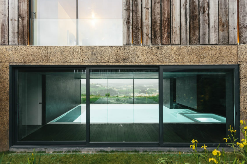 Varatojo House by Atelier Data (8)