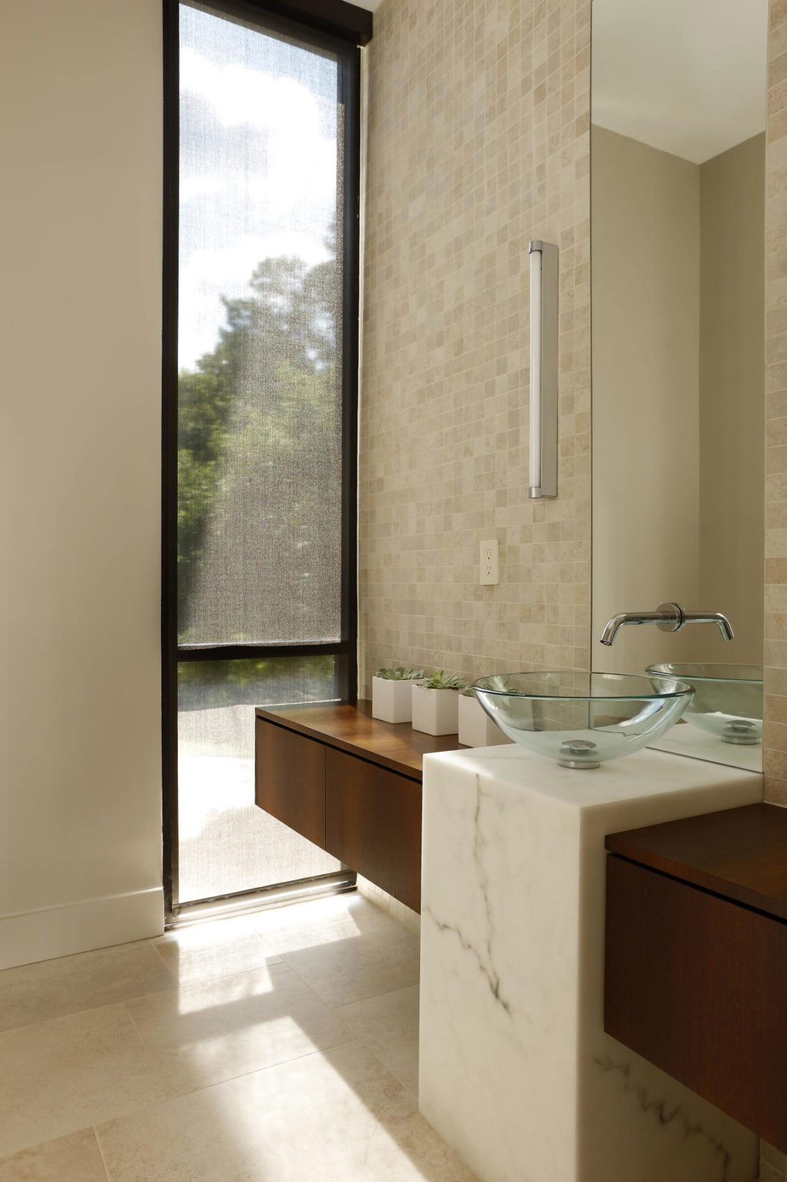 Ansley Modern Interior by Habachy Designs (9)