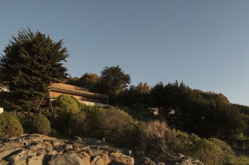 Casa Rocas by Studio MK27 (2)