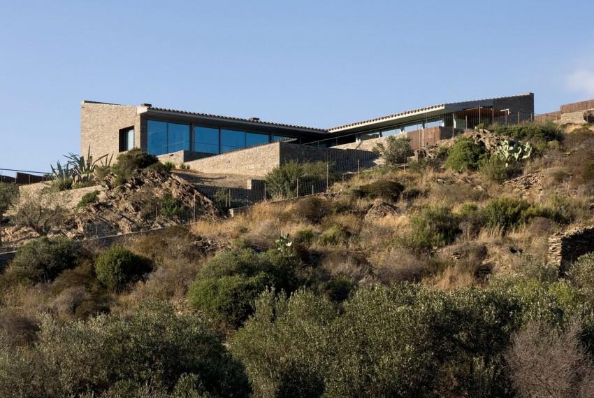 Casa VM by MORA-SANVISENS Arquitectes Associats (1)