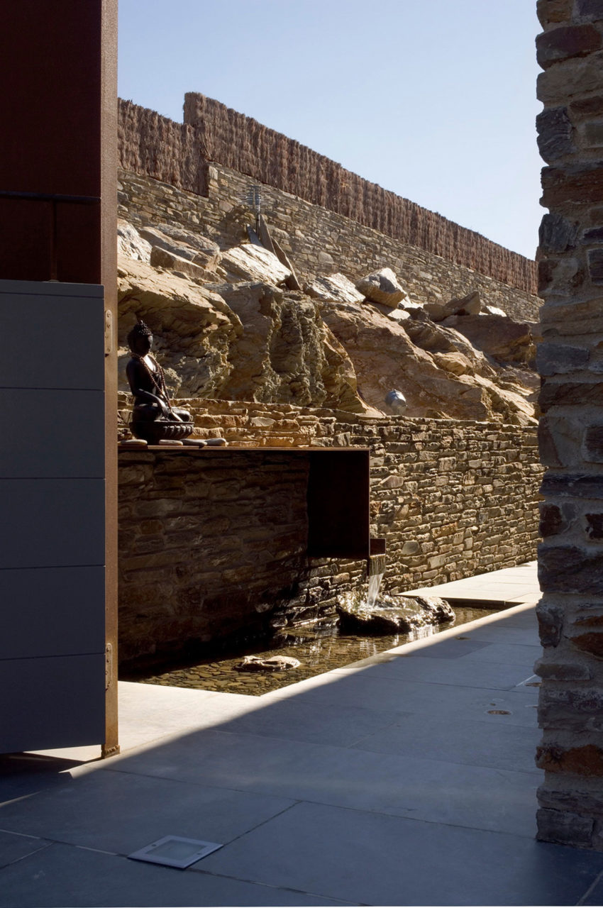 Casa VM by MORA-SANVISENS Arquitectes Associats (10)
