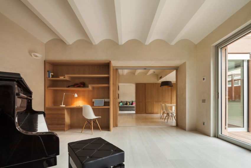 Duplex in Gracia by ZEST Architecture (5)
