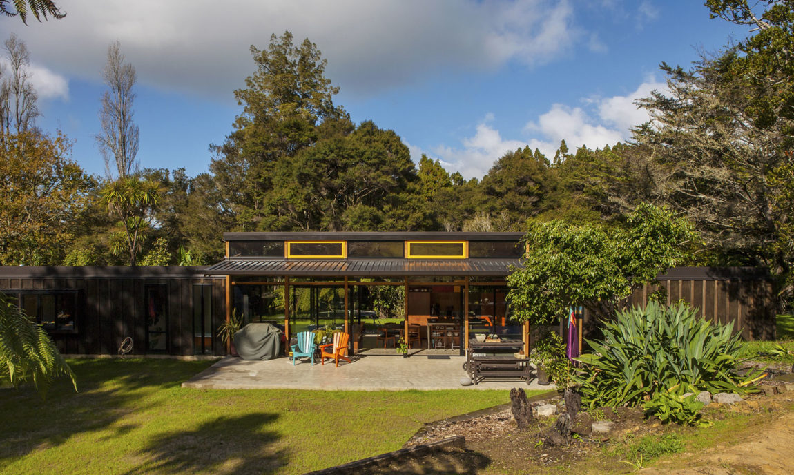 Easterbrook House by Dorrington Atcheson Architects (1)