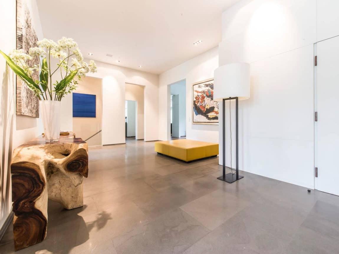 Elegant Apartment (5)