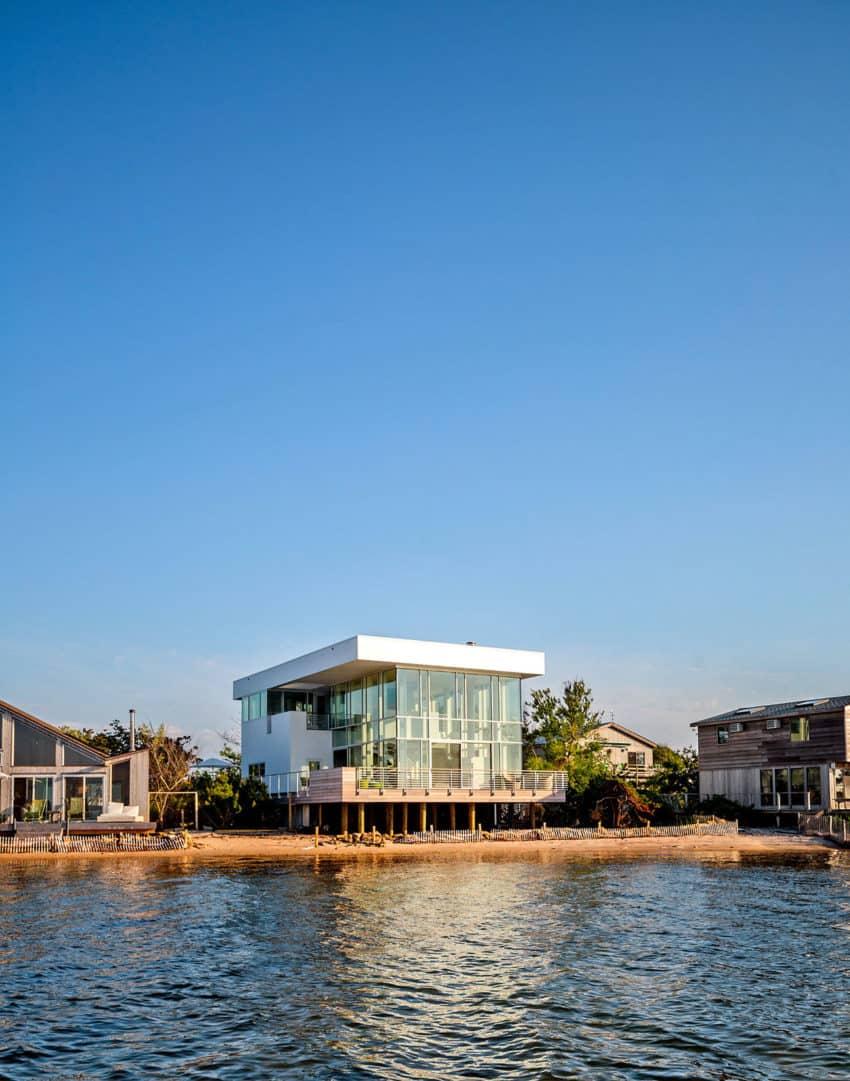 Home in Fair Harbor (1)