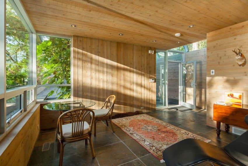 Home in North Saanich (4)