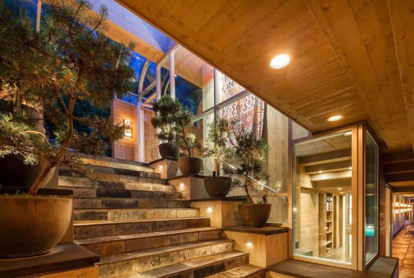 Home in North Saanich (11)
