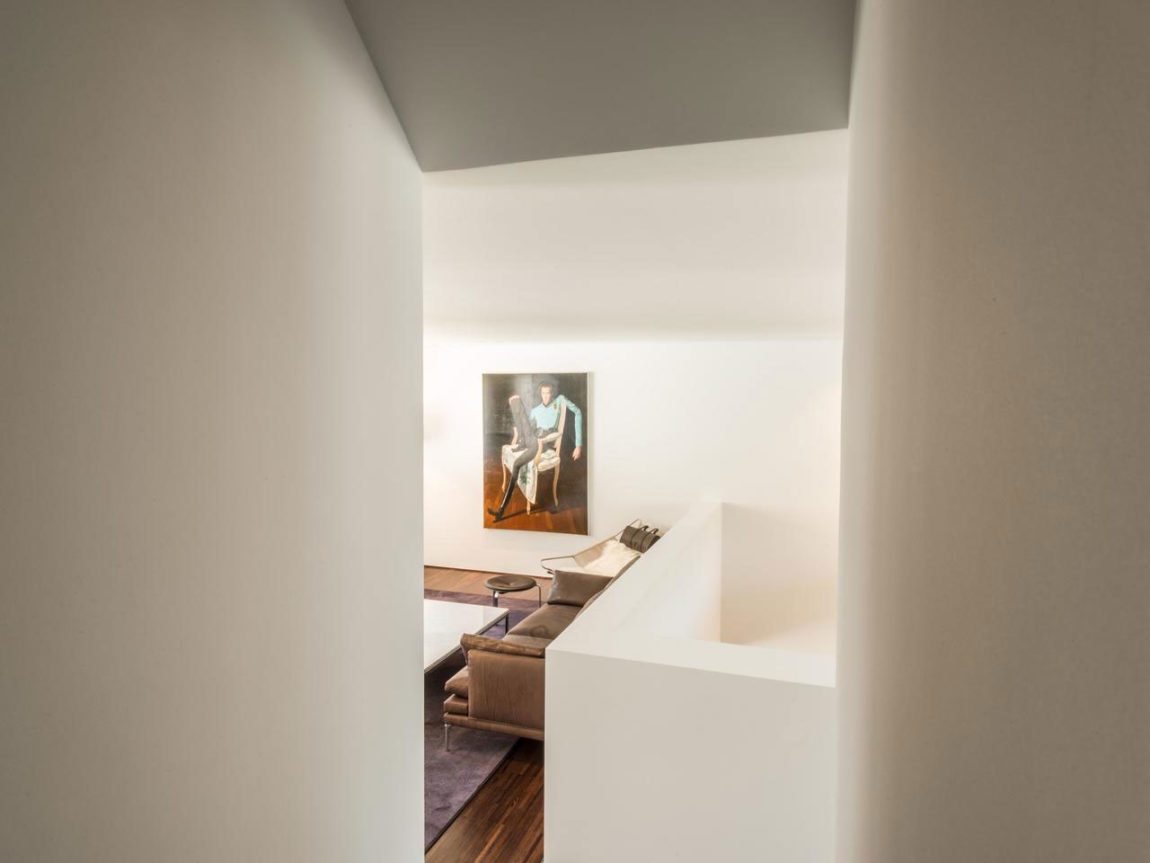 House in Bauhaus Style (4)