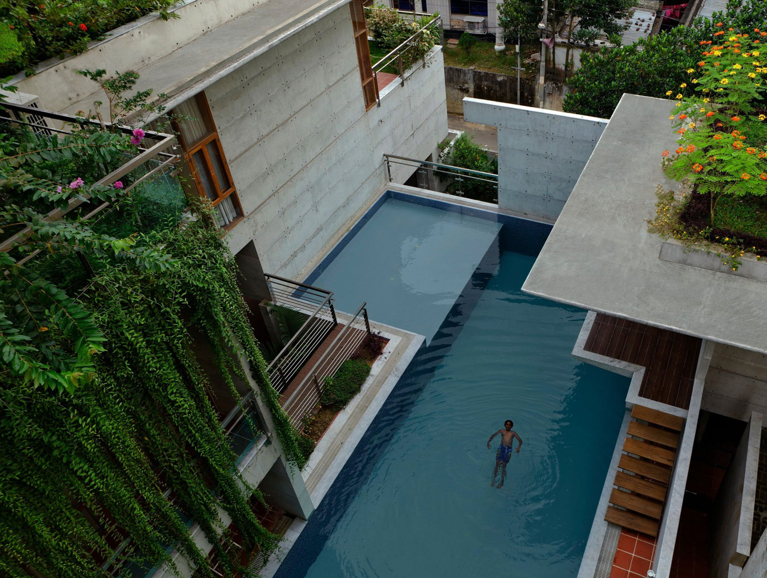 Mamun Residence by Shatotto Architecture For Green Living