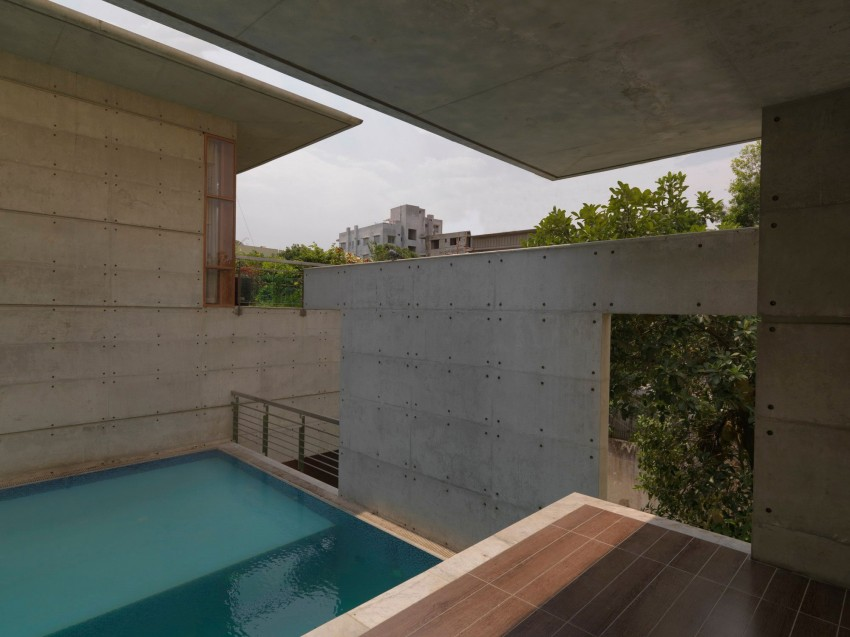 Mamun Residence by Shatotto Arch For Green Living (6)
