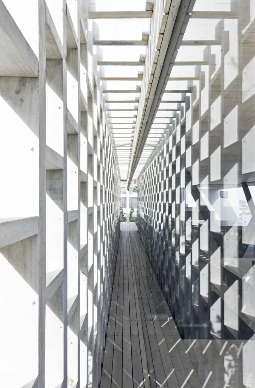 Rambla House by LAND Arquitectos (11)