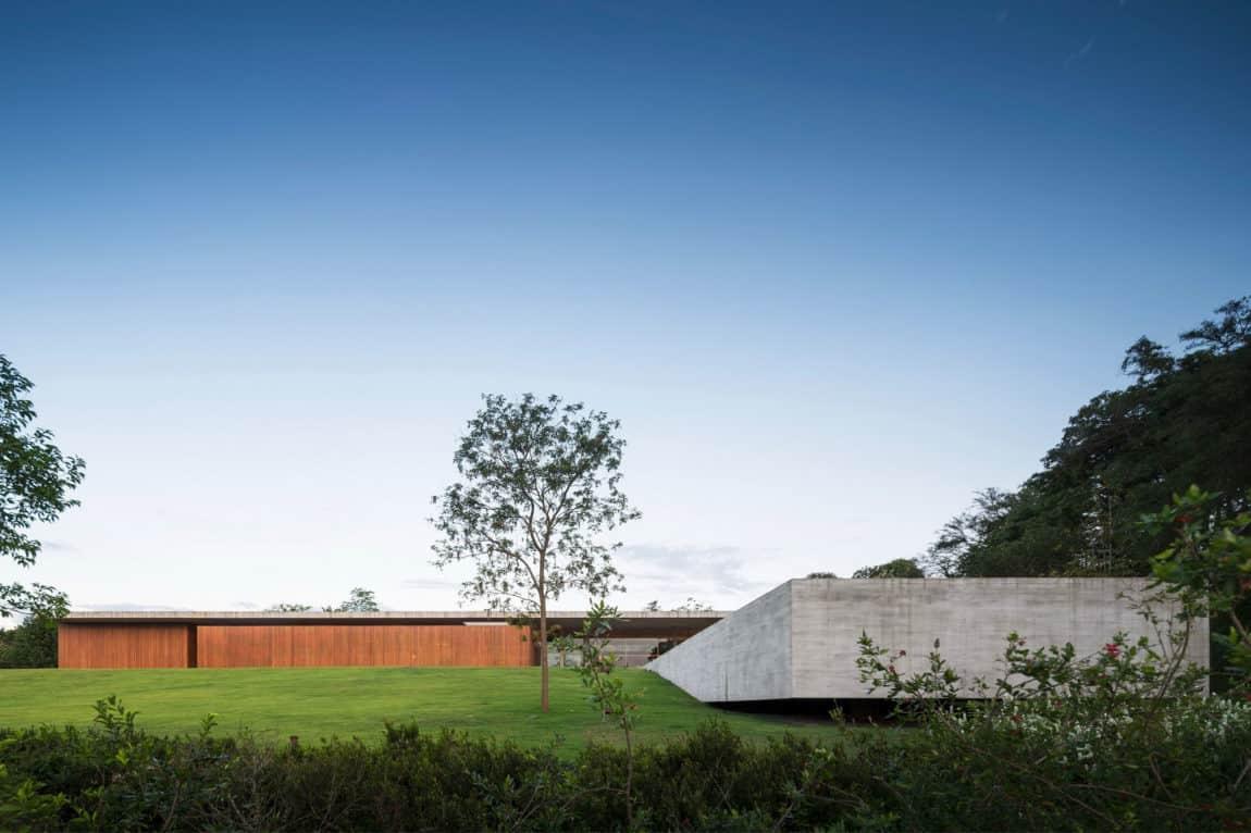Redux House by Studio mk27 (13)