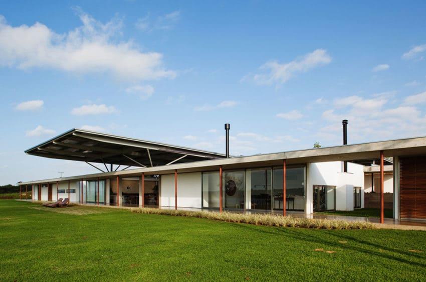 Residencia F.S. by Andrade Morettin Arquitetos Ass. (3)